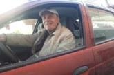ДОБРИЯТ ПРИМЕР! 77- г. разложанин с 57-г. стаж зад волана със златен талон за нито едно нарушение на пътя, сменил 12 коли