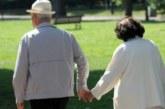 390 000 пенсионери вземат през април ваучери за храна по 120 лв.