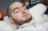 Саудитски принц, в кома от 15 години, повдигна ръка