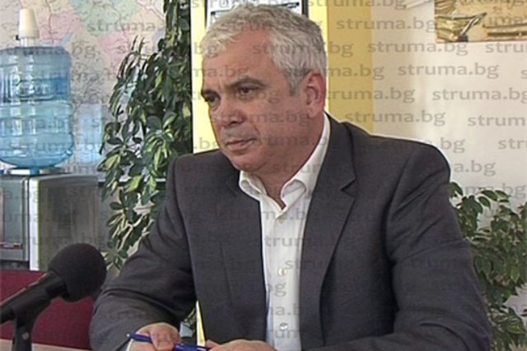 Началникът на РУО-Благоевград Ив. Златанов  в специално изявление: Взехме решение за присъствено провеждане на образователния процес в дневна форма на обучение за всички ученици и във всички училища
