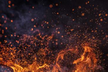 Огромен пожар в склад за боеприпаси, евакуираха десетки села в Русия