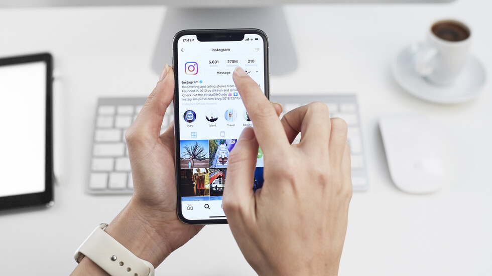"""Instagram започва да крие """"вредни"""" коментари"""