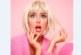 Алекс Петканова грейва в розово на Хелоуин