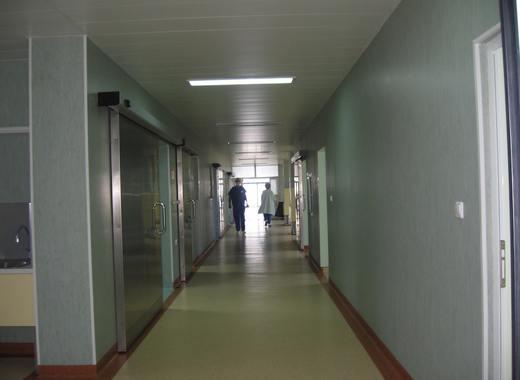 Готвят УНГ в МБАЛ - Благоевград за трето Ковид отделение при бум на болни от коронавирус