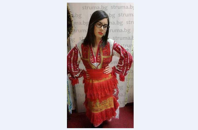 """КРАСИВА И АМБИЦИОЗНА! """"Мис Македонско девойче"""" Л. Пейчева влиза в бизнеса, докато е студентка, ще вдигне детски център в собствен имот в родния си град Гоце Делчев"""