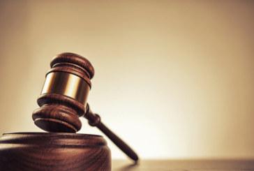 Предадоха на съд мъж за опит за убийство на баща и син