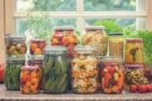 Заложете на ферментиралите храни през зимата за повече здраве