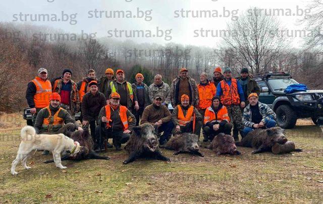 5 прасета в един ден записаха в актива си ловците от 37-а ловно-рибарска дружинка - Крупник
