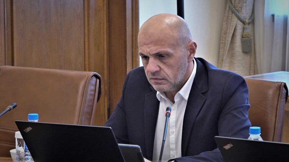 Допълнителни 804 млн. лв. за България в борбата с пандемията през 2021 г.