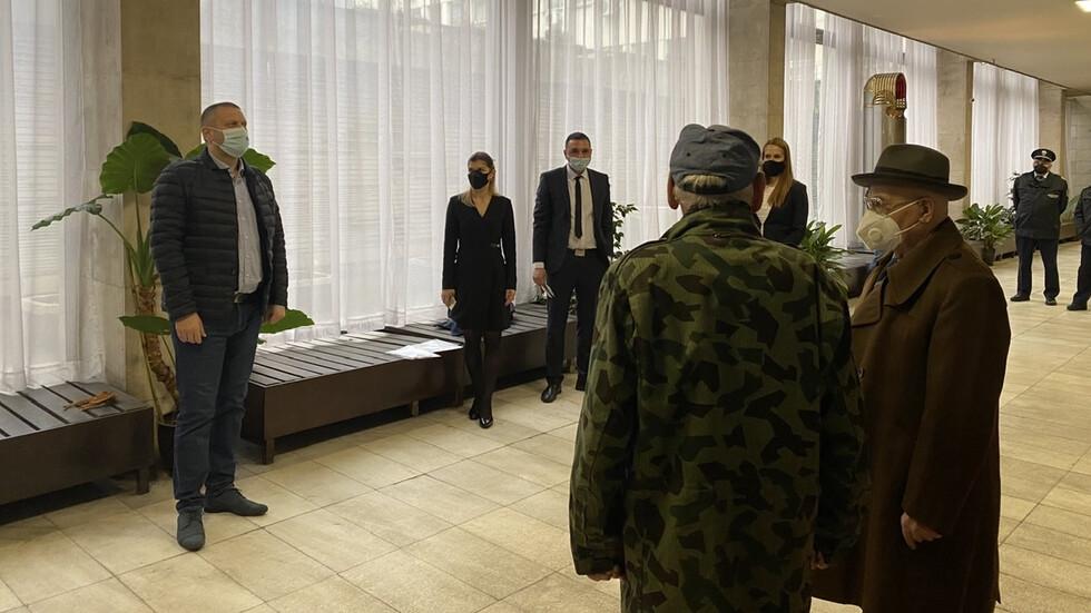 Възстановени са парите на измамените възрастни хора в София