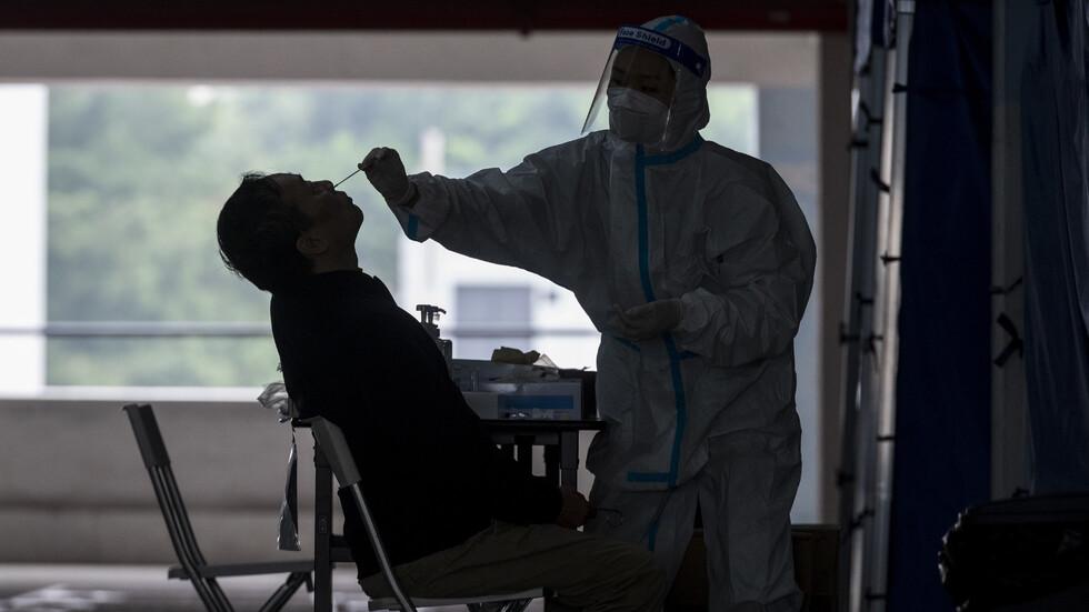 Китай изолира 2 града заради 2 случая на COVID-19