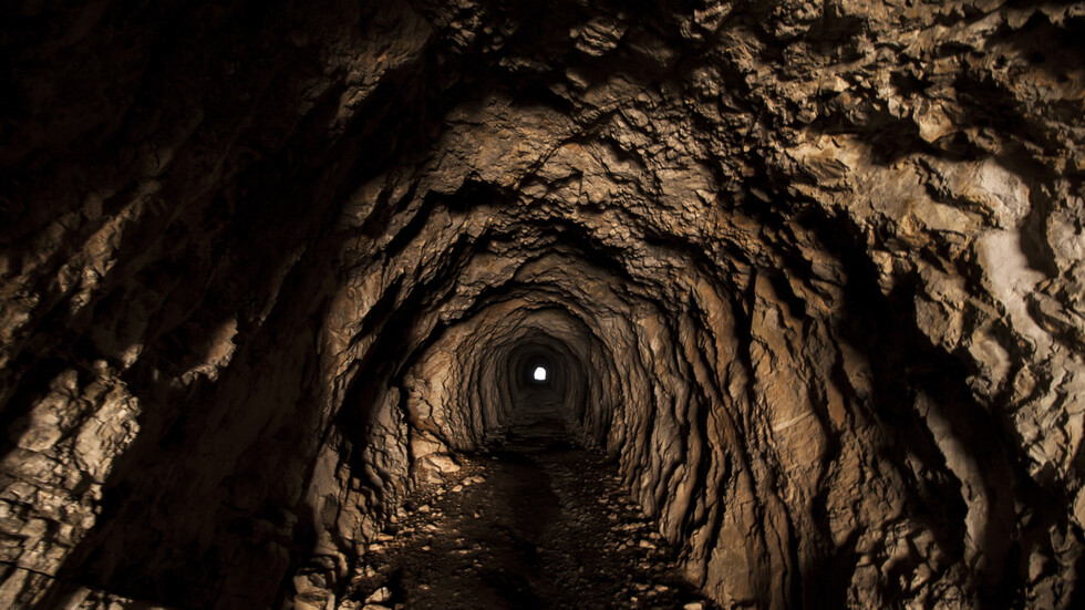 Oсем деца изчезнаха в пещери близо до Москва