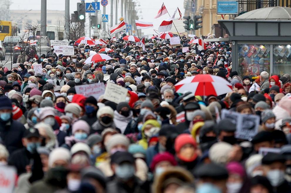 Задържаха над 40 протестиращи в Беларус