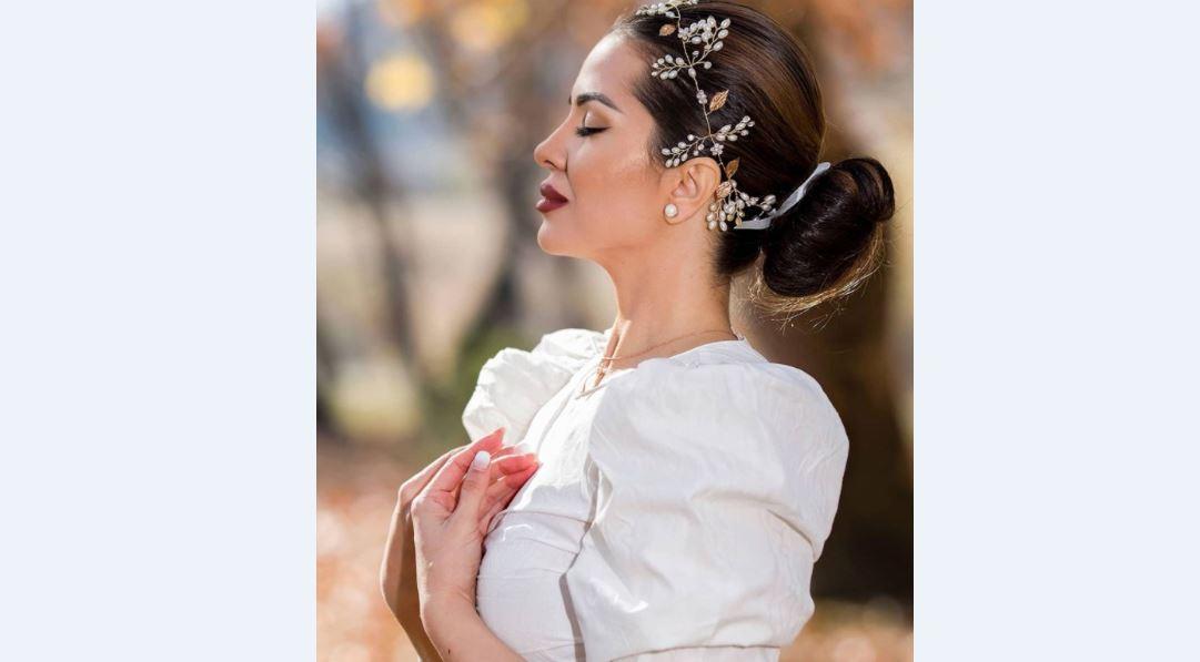 Почитателите на Райна се питат тръгнала ли е към венчилото