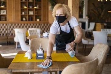 Обсъждат всички ресторанти да заработят при условията за хотелските заведения