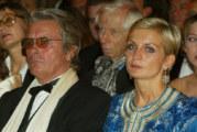 Почина бившата съпруга на Ален Делон