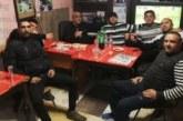На трапеза в клуба ромският лидер в Сандански Т. Ангелов почерпи приятели за имения си ден