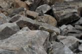 Скално свлачище затрупа покрив на хале за отпадъци край Благоевград