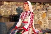 """Над 80 хубавици от района на Пирин и Родопите спорят за първото място в конкурса """"Най-красива българка с носия 2021"""""""