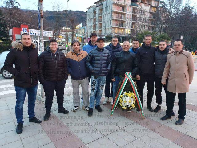 """Петричките фенове на """"Левски"""" апелират за публика по стадионите от 1 март"""