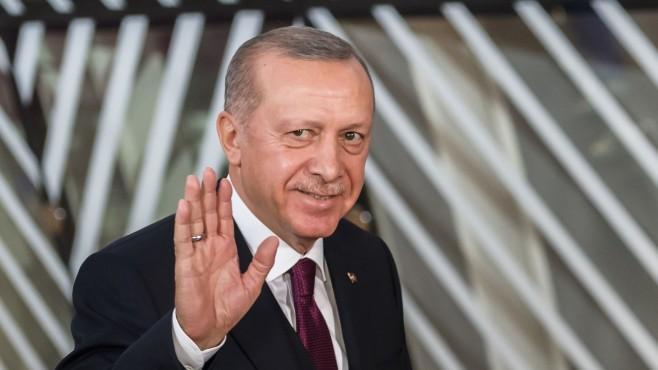 Ердоган получи втора доза от ваксината срещу коронавируса
