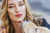 5 причини кучетата да облизват лицето ви