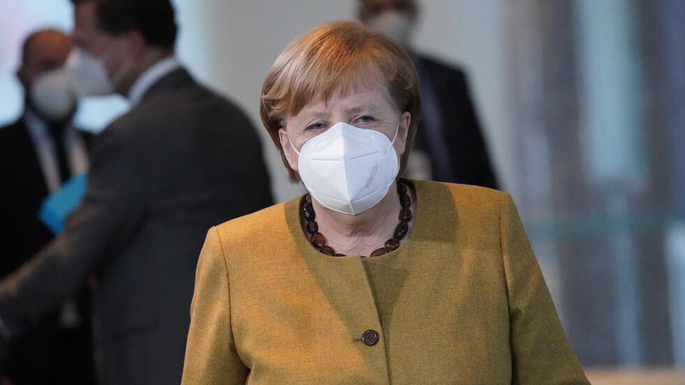 Меркел иска затварянето в Германия да продължи до края на месеца
