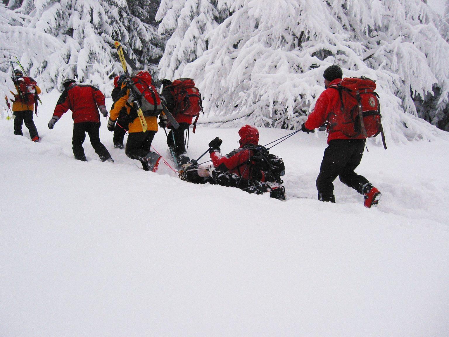 Планински спасители  помогнаха на турист с изкълчен глезен в Пирин