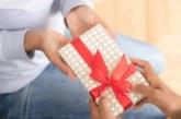 НЕ подарявайте тези 5 неща на жена, носят нещастие