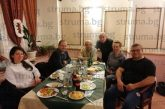 ДЕН ПРЕДИ ЛОКДАУНА: Съдии и организатори на автомобилни състезания от Благоевград с дружеска вечеря приключиха 2-дневен семинар в м. Предел