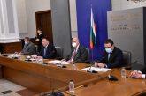Здравните власти наблюдават български щам на коронавируса, открит е при две жени в Северна България