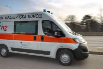 Двама души, сред които и дете, пострадаха при катастрофа във Врачанско
