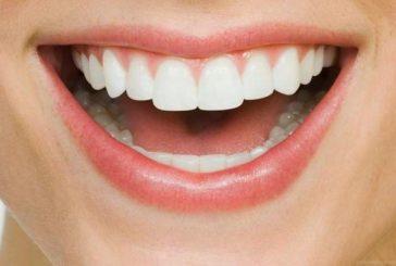 Ето най-добрите храни за здрави зъби и венци