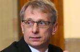 Министър Денков: Учителите, които работят повече, ще вземат лекторски хонорар