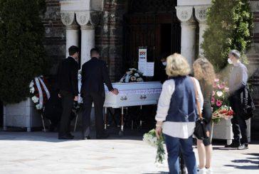 Близки, приятели и почитатели се сбогуват с Ваня Костова /СНИМКИ/
