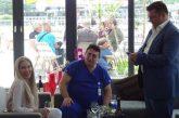 """С над 100 гости бившият президент на """"Беласица"""" д-р Мазнейков чества рожден ден, Камата го поздрави от Маями"""