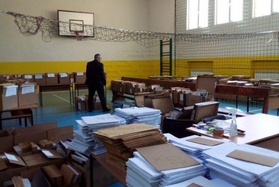 2930 седмокласници и 2682-ма десетокласници от Пиринско се явяват на матура, 461 ученици се явяват на НВО по чужд език, 308 ще покажат дигиталните си компетентности