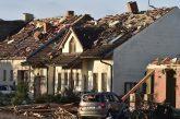 Адът слезе в Чехия! Торнадо удари югоизточната част на страната, има жертви и много ранени