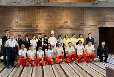 Дупничанката М. Селишка и петричанката Е. Николова изпратени по японски за олимпийското село, мъжете с гайди по български
