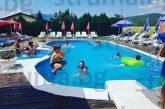 Ден плаж в Сапарева баня със СПА излиза 160 лв. за четиричленно семейство без храна, определят цената на входа, като мерят ръста на клиентите...
